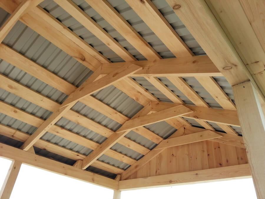 Односкатная крыша для беседки своими руками видео