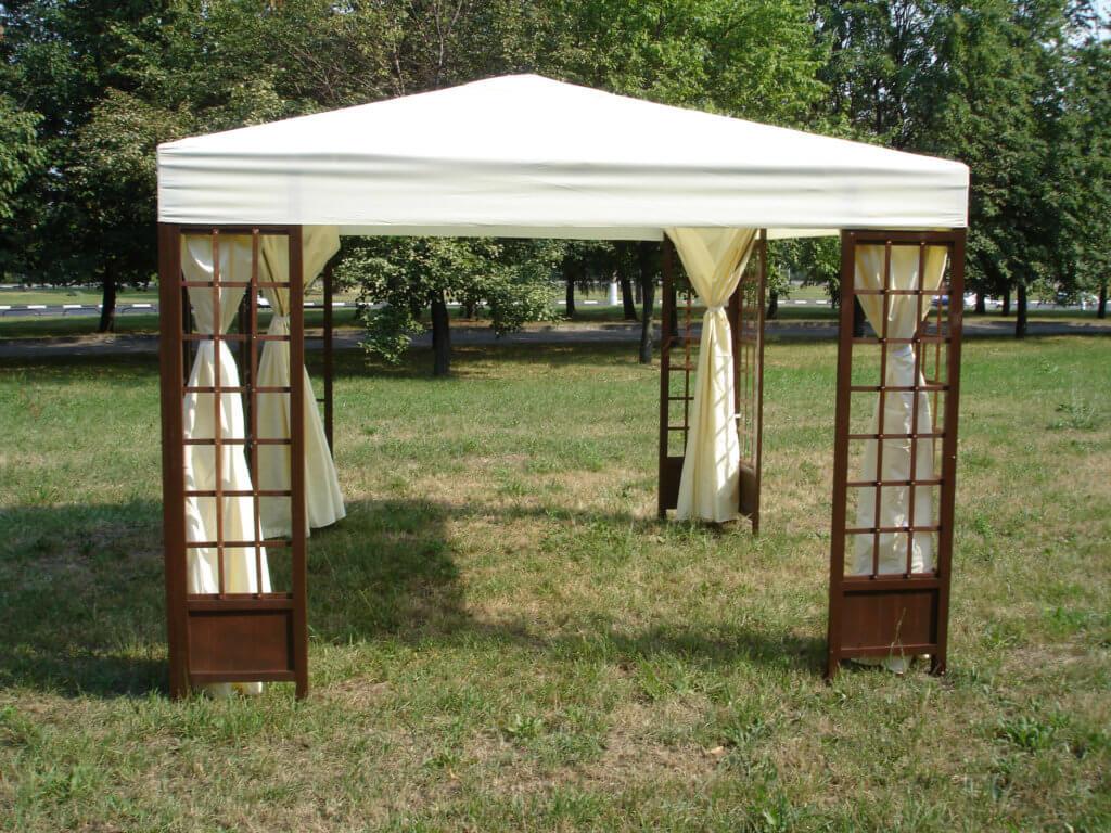Деревянный самодельный шатёр