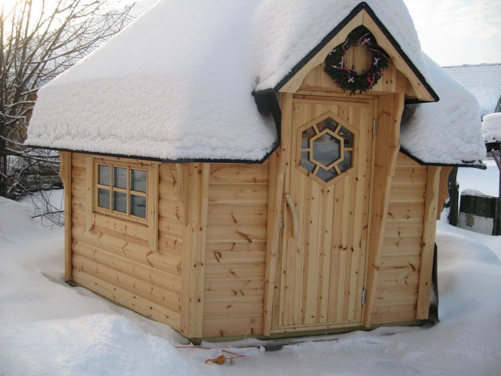 Дверь гриль-домика