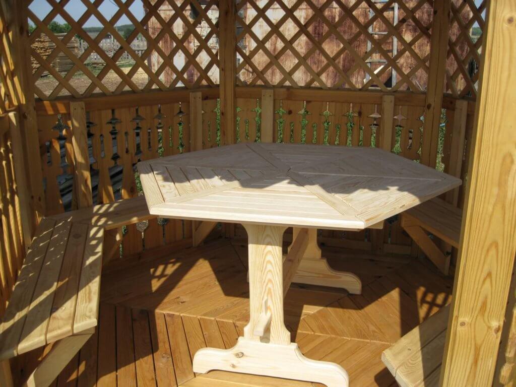 Шестигранный столик